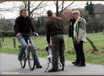 Führung, Verhalten / Korrektur bei Radfahrer, Jogger, Passanten